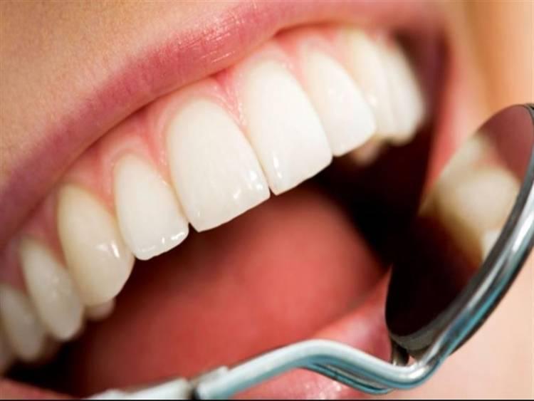 أسباب ومخاطر تسوس الأسنان
