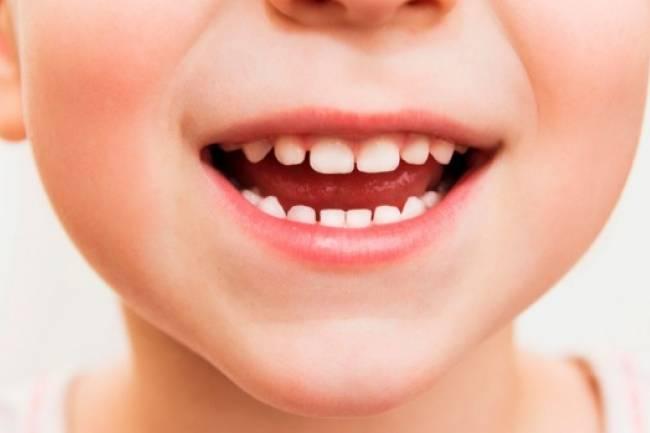 ظهور الأسنان عند الأطفال
